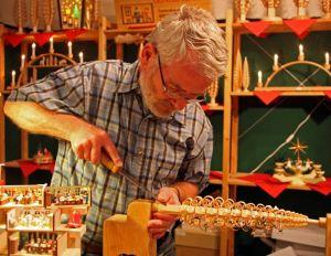 Schauarbeiten zum Weihnachtsmarkt im Rittergut Olbernhau